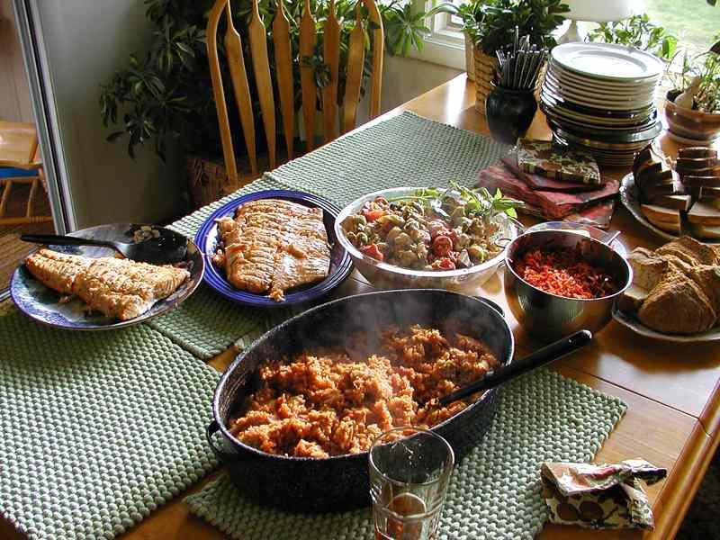 food-table-4